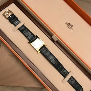 Hermes Accessories - Hermes Yellow Gold-plated  H Watch Alligator Strap